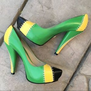 L.A.M.B Daryl color block heels 7.5